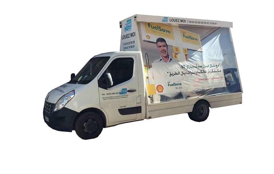 publicité sur camion avec martinez services